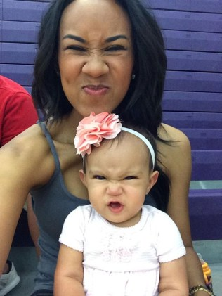 like-mother-like-daughter-funny-photography-29.jpg