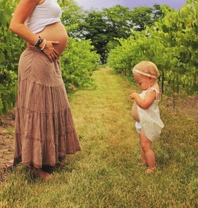 like-mother-like-daughter-funny-photography-37.jpg