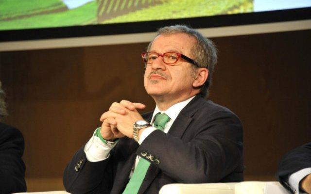 Riforma della Sanità Lombarda: Maroni assume le deleghe degli assessori alla sanità e al welfare