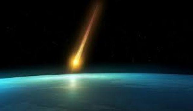 meteora nel cielo di Birmingham, da associare alle Epsilon Perseid.jpg