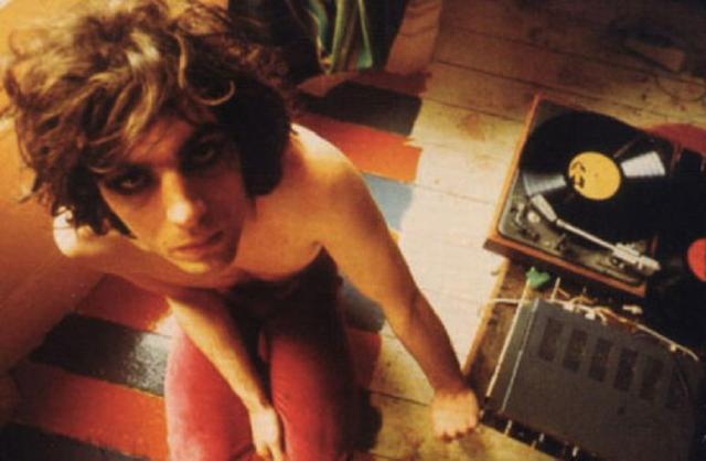 Syd Barrett non era psicotico, soffriva di sindrome di Asperger