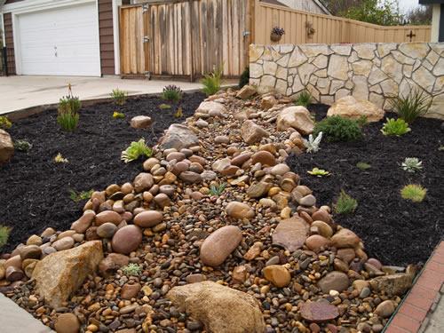 black mulch zanker landscape