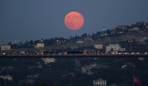 supermoon-lunar-eclipse