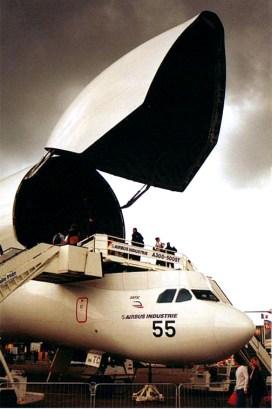 airbus-a300-608st-beluga-f-gstc-1
