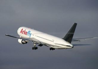 Boeing 767-31AER PH-MCV Arke Fly