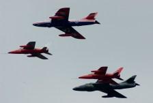 IMGP5645 Dux07 formation 2x Gnat, 2x Hawker Hunter