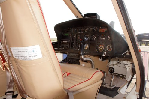 AS350B cockpit