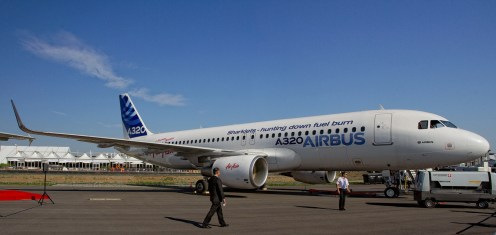 Airbus-A320-214-F-WWIQ-first-sharklet