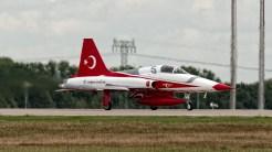 IMGP0236 Northrop Canadair NF-5B-2000 CL-226 Turkish Stars