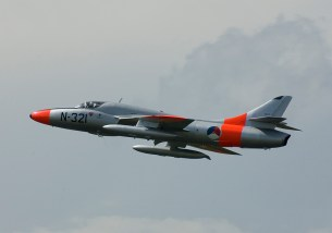 IMGP2871vlk07 Hawker Hunter T8C G-BWGL KLu Colors