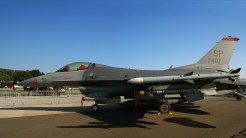 IMGP7699-7700 Lockheed F-16CJ Fighting Falcon 91-0407 USAF