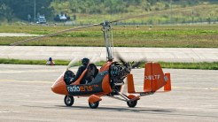 IMGP7844 Gyrocopter Radio Eins