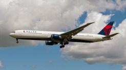 Boeing 767-432-ER N825MH Delta Airlines