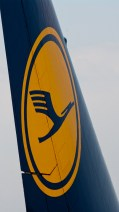 IMGP9422 Tail logo Lufthansa B747-8