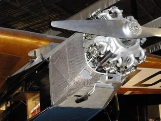 ad08-04 Fokker F-VII Pelikaan engine