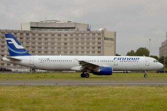 cdg06-05 Airbus A321-211 OH-LZC Finnair