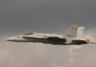 vlk07 F-18A Swiss J-5021 00