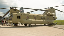 Boeing CH-47F Chinook 414 13-08132 US Army