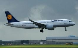 Airbus A320-214 D-AIUA Lufthansa