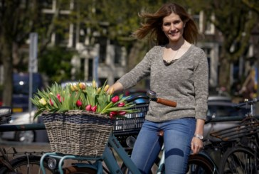 """Veja as fotos das gravações de """"Rainha das Flores"""" na Holanda"""