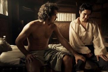 Ricardo Pereira protagoniza primeira cena de amor gay da televisão brasileira [vídeo]