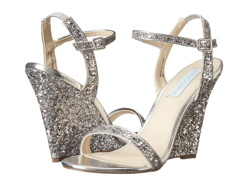Blue by Betsey Johnson - Darci (Silver Glitter) Women's Wedge Shoes