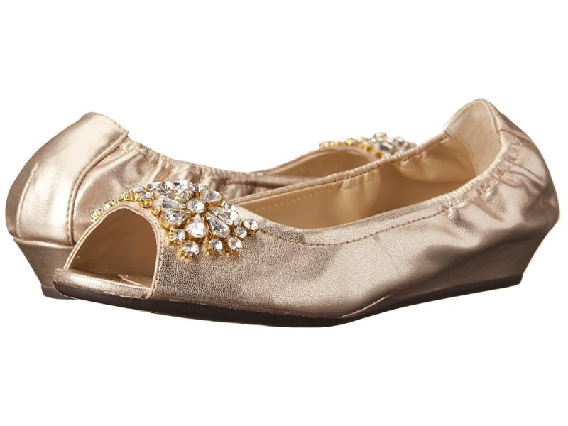 Adrienne Vittadini - Kody (Gold Soft Suede Metallic) Women's Dress Flat Shoes