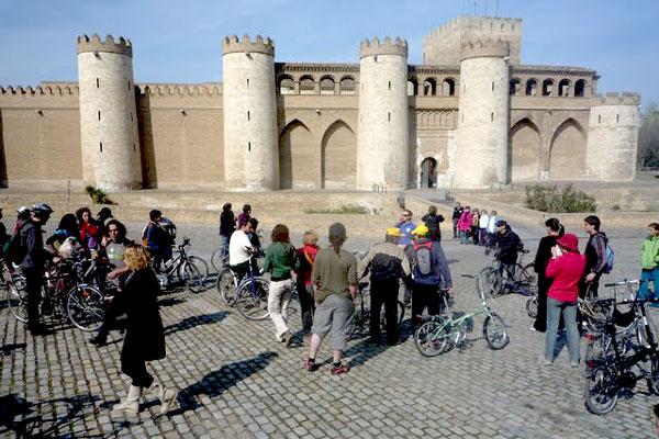 Rutas para hacer en bicicleta por Zaragoza