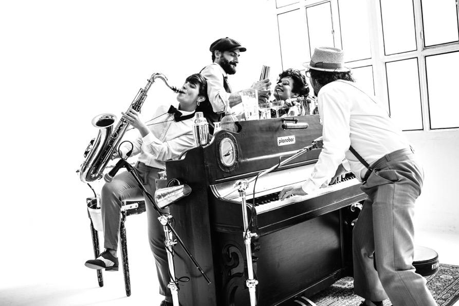 Piano Bar que nos deleitará con sus 100 cocktails este 2019 en la Gran Casa Cook School