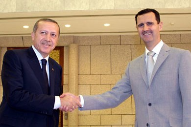 أنباء عن مساعي روسية لإقامة لقاء بين الرئيس السوري بشار الأسد و الرئيس التركي طيب أردوغان