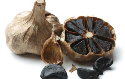 تعرف على الثوم الأسود ،يأتي بفوائد مضاعفة و بدون رائحة