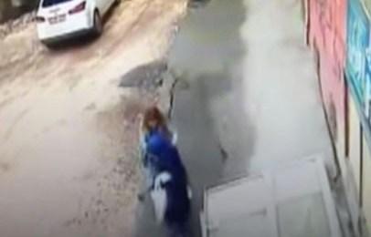 الأرض تبتلع امرأتين في تركيا! فيديو