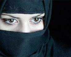الجزائر تمنع ارتداء النقاب !