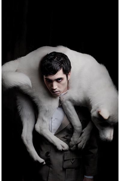 fotos-de-Ani-sirabonian-para-elephanto-studio--modelo-Matias-Hidalgo-para-fernandomore--maquillaje-y-pelo-de-luis-fernando-garcia--arte-de-fernandomore-y-Ani-sirabonian-(4)