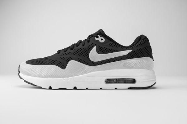 air max 1 ultra moire negro