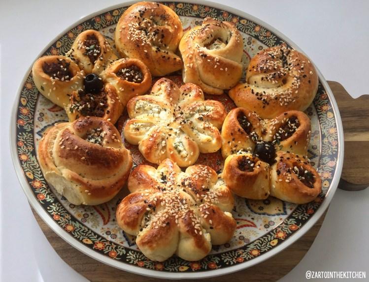 Pogaca (gevulde Turkse broodjes)