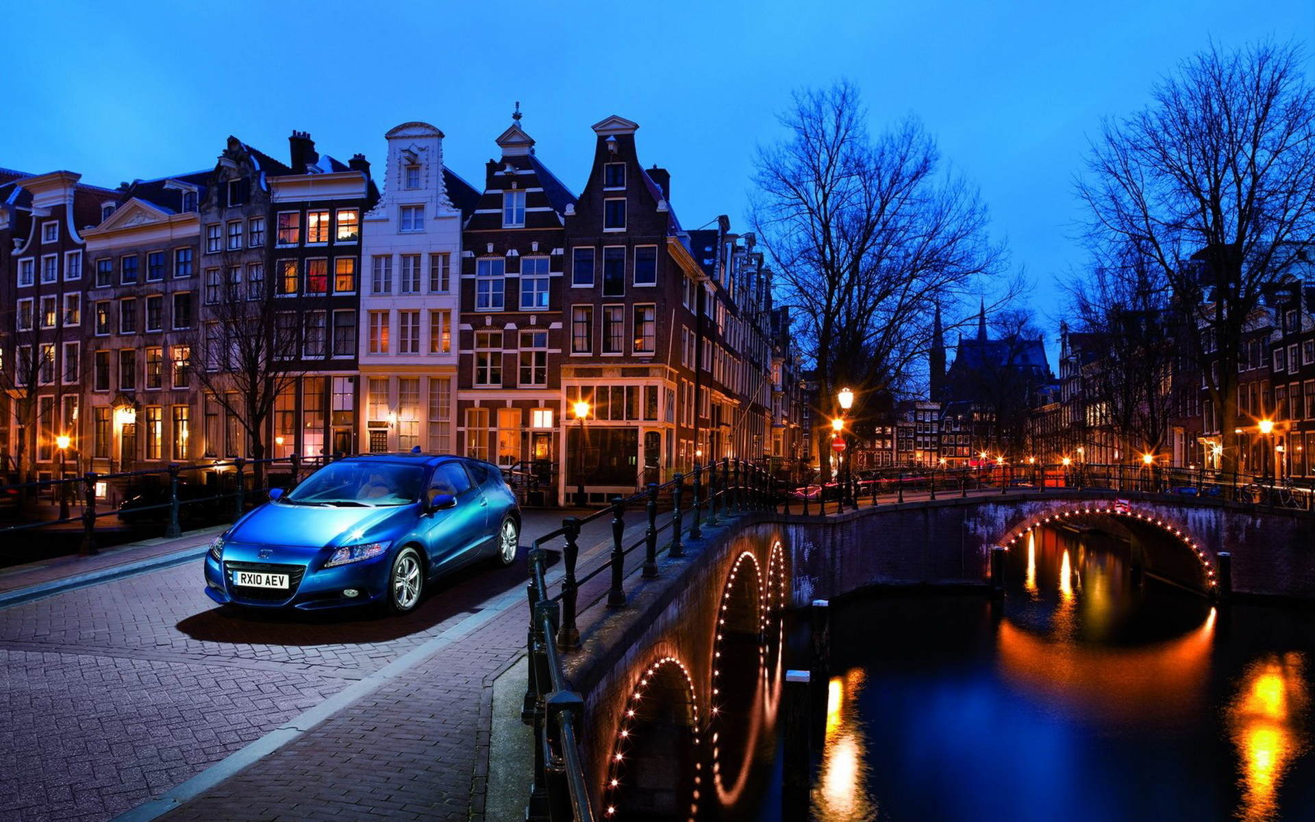 Amsterdam Fall Wallpaper Honda Cr Z In An Evening City Wallpapers And Images