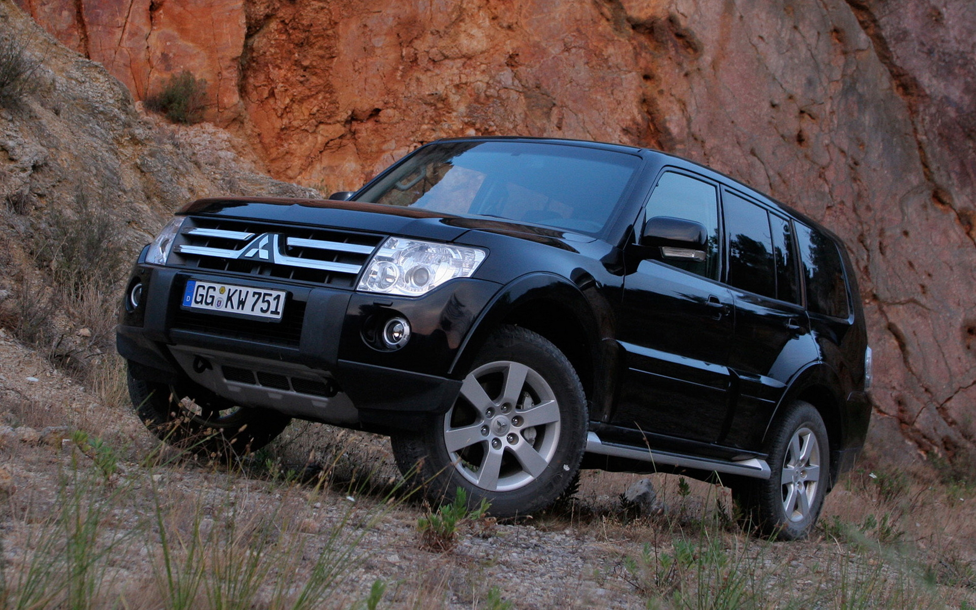 mitsubishi pajero wallpapers and images - wallpapers, pictures, photos