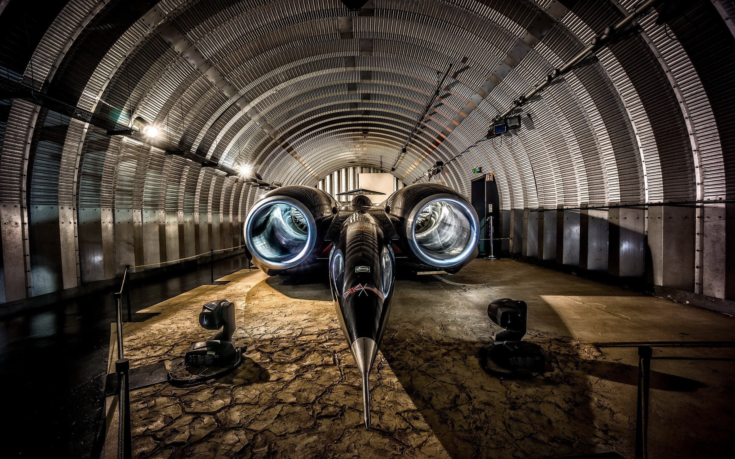 Vintage Cars In Garage Wallpaper Hd Speed Car Thrust Ssc In The Hangar Wallpapers And Images