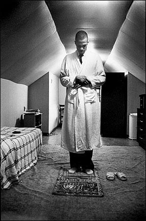 Malcolm X in prayer