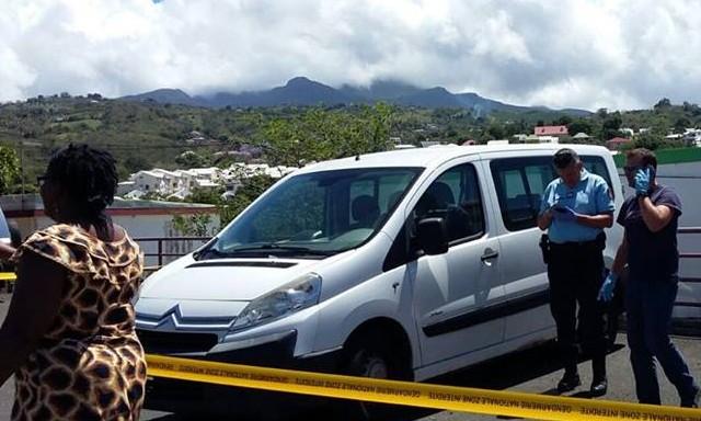 #ZayActu : Découverte dans un véhicule de 2 corps... en plastique | ZayRadio.org
