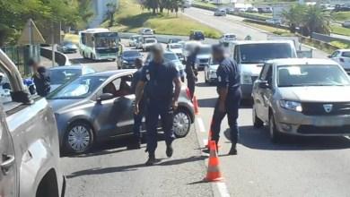 Photo of Plusieurs contrôles routiers contre l'utilisation du téléphone portable au volant