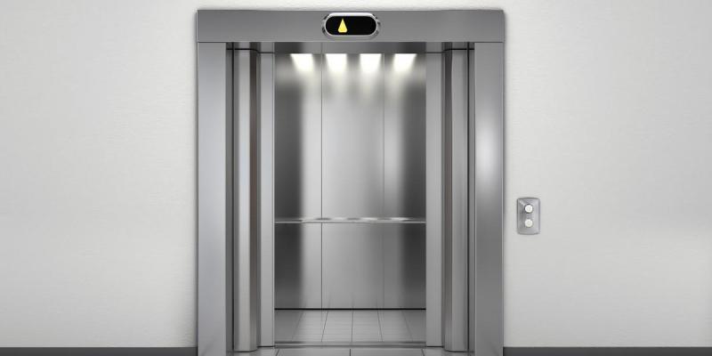 Un enfant de 5 ans meurt dans un accident d'ascenseur dans un centre commercial