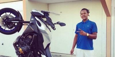 Il n'avait que 19 ans. Il a été tué pour ce qui lui appartenait à savoir sa moto