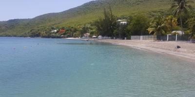 Mercury Beach : la plage de Grande Anse, ses abords et les fonds marins nettoyés