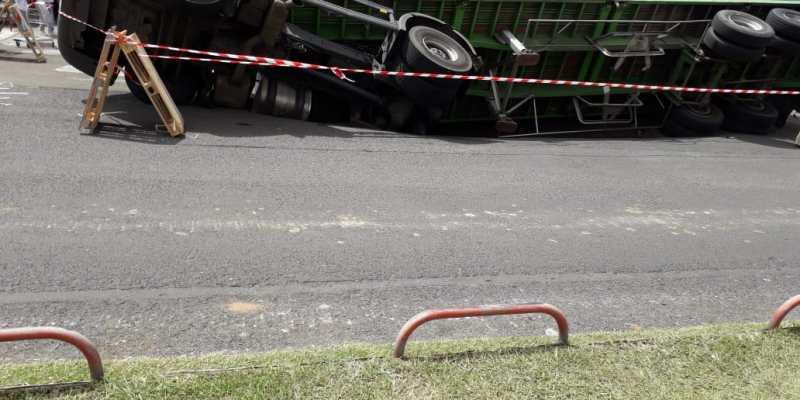 Camion renversé Jambette