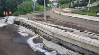 Photo of Nouveau glissement de terrain derrière un centre commercial au Lamentin