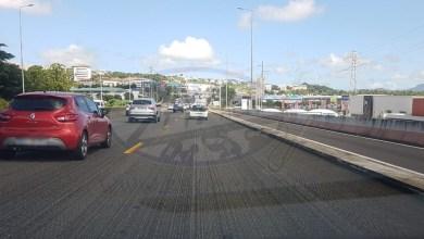 Photo of (VIDÉO) Des travaux d'enrobé sur l'autoroute et des embouteillages monstres
