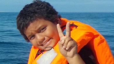 """Photo of Attaque de requin : le jeune Anthony âgé de 10 ans """"tient le coup, mais souffre énormément, il est sous morphine"""""""