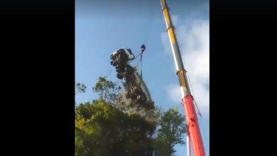 Photo of Accident d'un camion toupie à Sainte-Luce : les images impressionnantes de l'intervention d'une grue (VIDÉO)